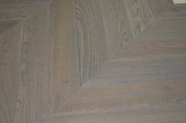 Паркет ёлка Vecchio Parquet (французская елка) Дуб Бордо